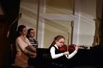Viktorie Pipalová - housle 2.roč.