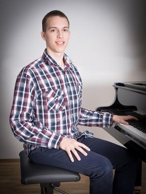 Adam Guliš